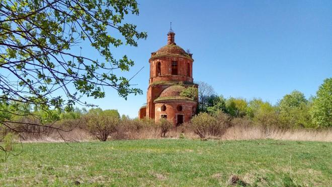 Семьянь, церковь
