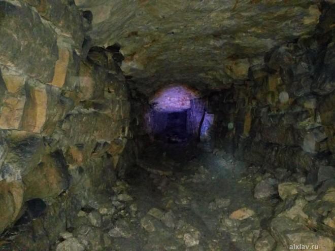 Девятовские каменоломни (пещеры Силикаты)