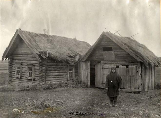 Старинная крестьянская изба