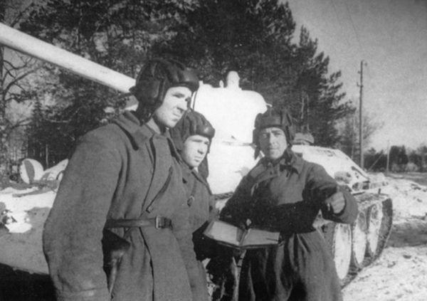Как танкист Лавриненко спас Сталина